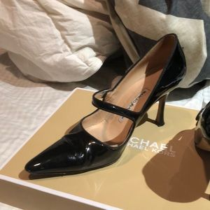 Manolo Blahnik Shoes - Manolo 7.5 shoes - wore 4 times